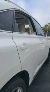 white mobile car dent repair